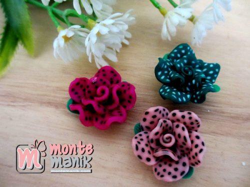 clay-bunga-mawar-bintik-01