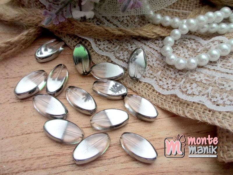 manik-kaca-elips-putih-silver