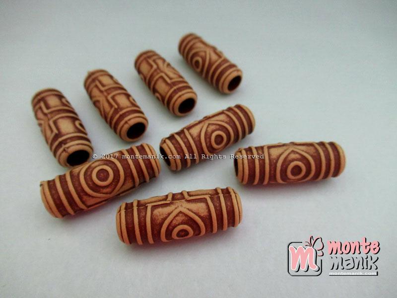 Manik Plastik Corak Kayu Tabung Ukir (PLA-061)