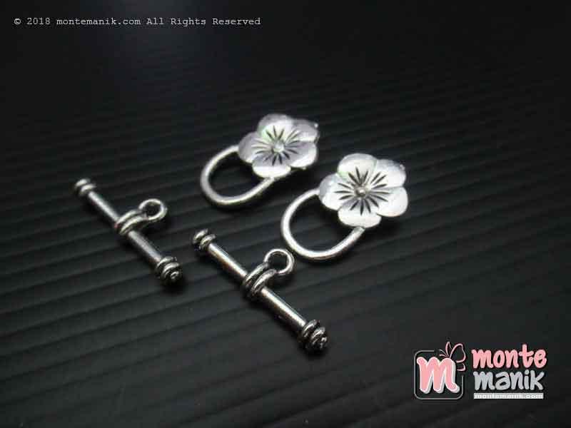 Kait Gelang atau Kalung Berornamen Bunga Nikel (BKL-052)