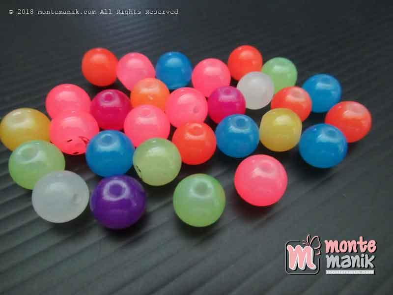 Manik Kaca Bulat Campur Warna 8 mm (MKCA-020)