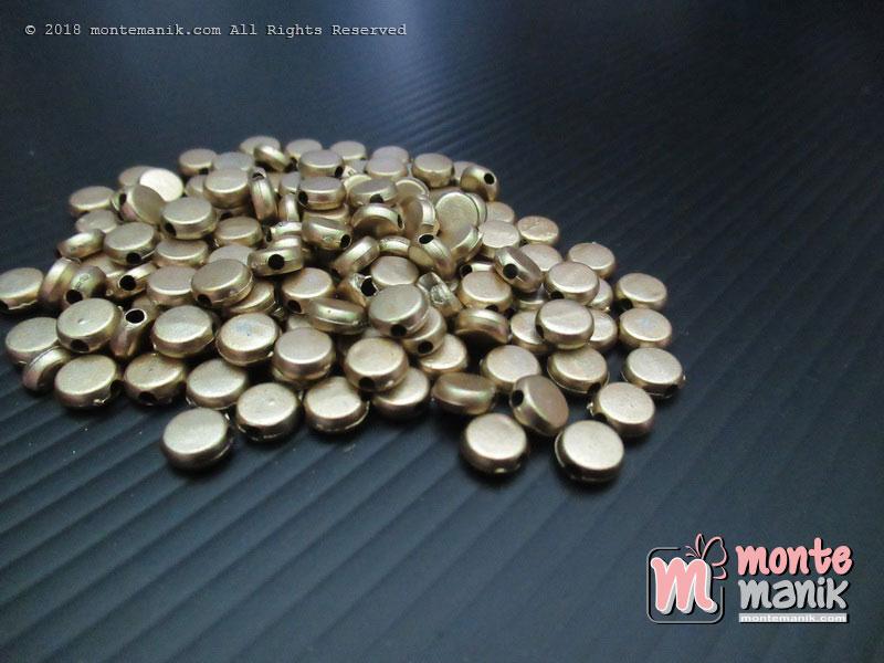 Parel Bunga Bulat Pipih Gold 6 mm (PAREL-07)