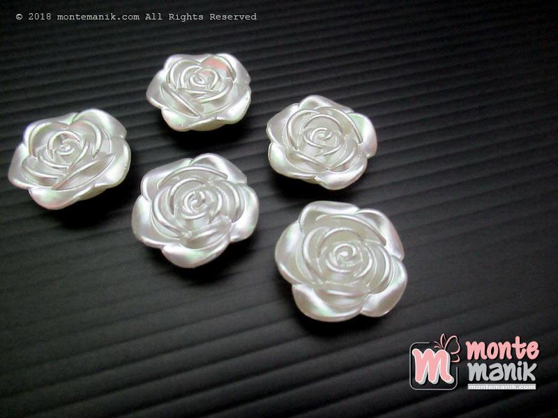 Bunga Akrilik Bunga Mawar off white (AKR-078)