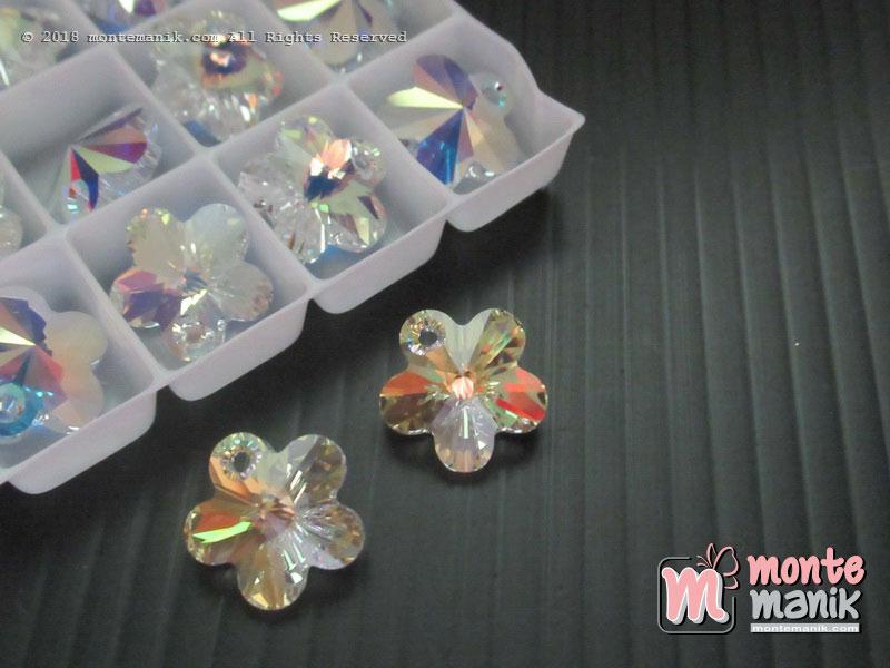 1 Pcs Kristal swarovsky Flower Pendants 12 mm Crystal Clear AB 6744