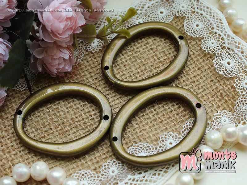 3 Pcs Manik plastik oval 4,5 cm (MPA-084)