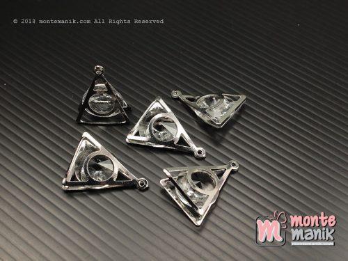1 Pcs Charm Segitiga Nikel 2 x 2,5 cm (ALA-056)