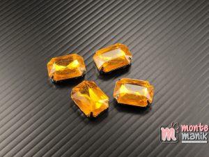 4 pcs Aplikasi Diamond Persegi Kuning Tua 1,3 x 1,8 cm (DMD-066)