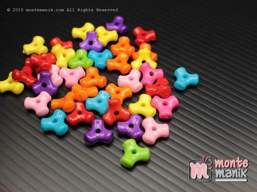 35 Butir Manik Plastik Tulang 10 mm (MPA-0182)