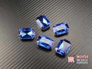 4 pcs Aplikasi Diamond Persegi Biru Tua 1,3 x 1,8 cm (DMD-078)